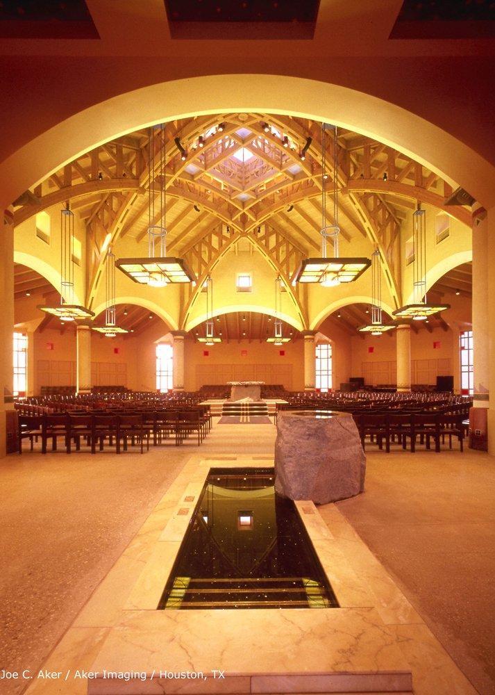 Padre Serra Parish: 5205 Upland Rd, Camarillo, CA