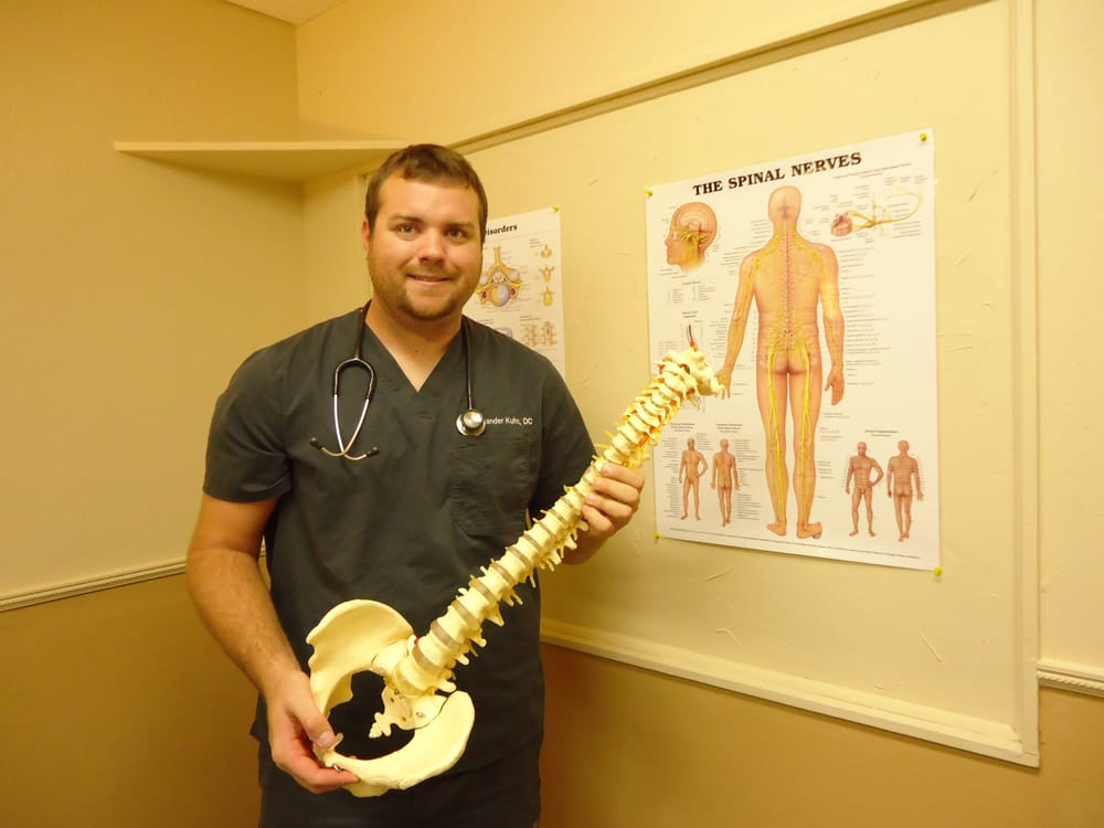 Kuhn Family Chiropractic: 7181 College Pkwy, Fort Myers, FL