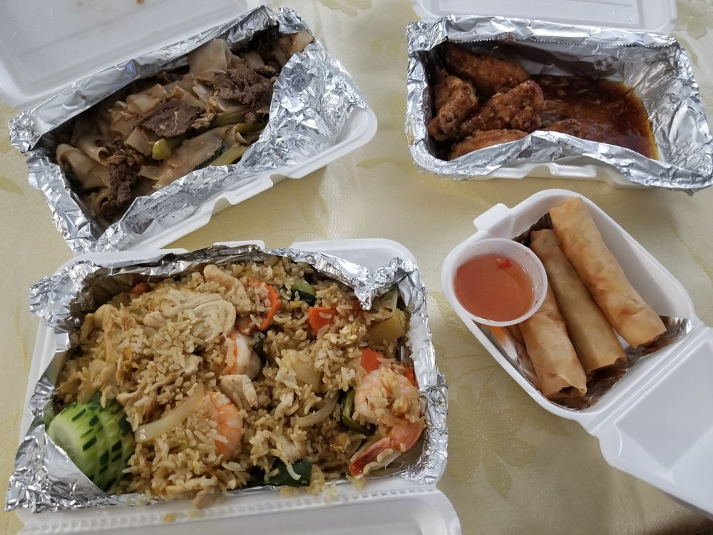 The Similans Thai Eatery: 13005-L Lee Jackson Memorial Hwy, Fairfax, VA