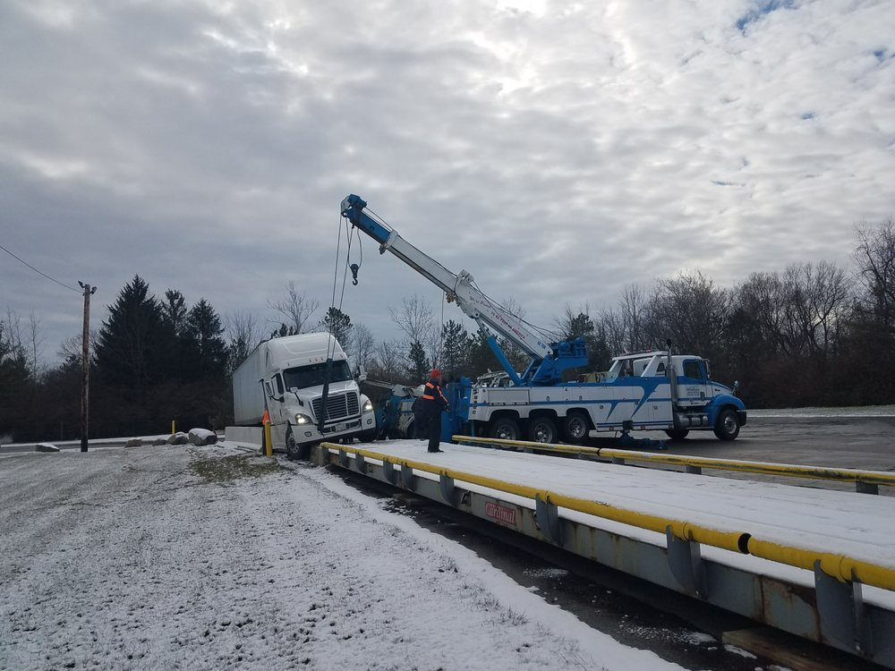 Towing business in Bellefontaine, OH