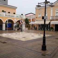Palmanova Outlet Village - Outlet Stores - Strada Provinciale 126 ...