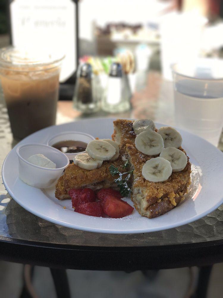 Plumeria Cafe by Stacks: 23811 Aliso Creek Rd, Laguna Niguel, CA