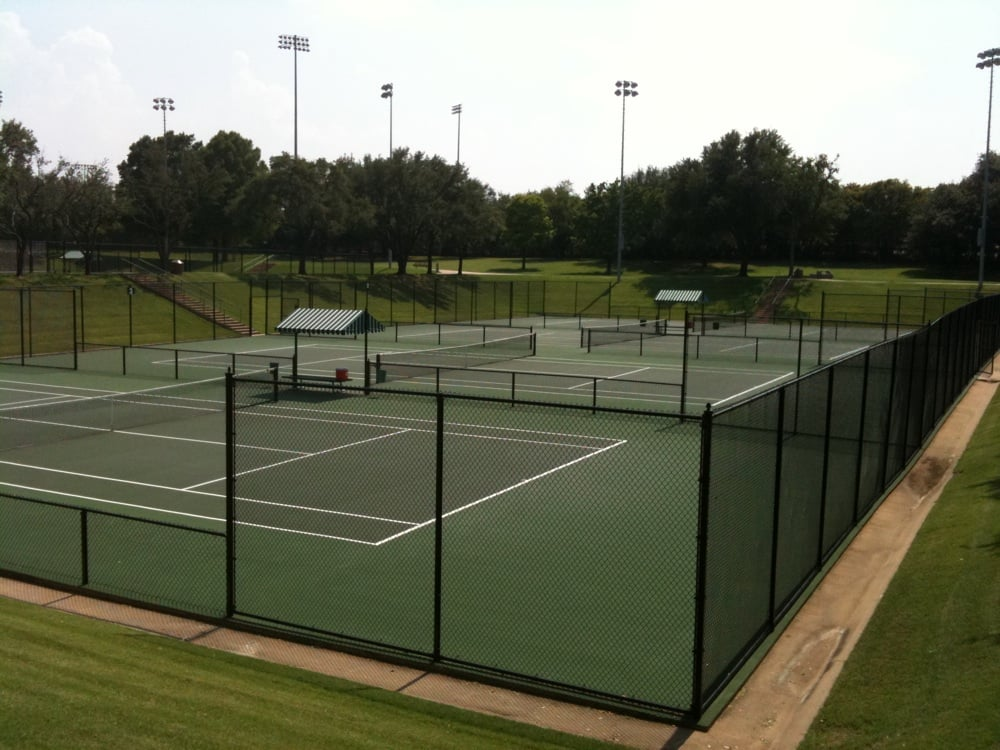 Bayard H. Friedman Tennis Center: 3609 Bellaire Dr N, Fort Worth, TX