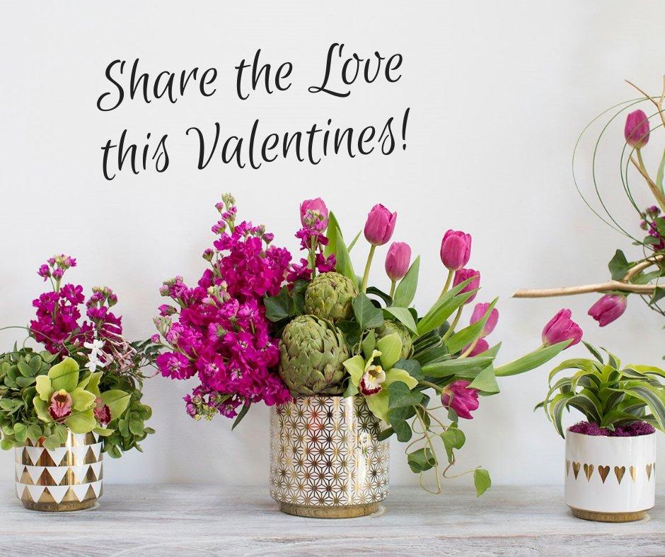 The Floral Boutique: 850 N Woodland Blvd, DeLand, FL
