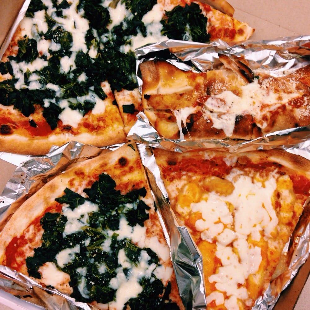pugsley u0027s pizza 53 photos u0026 99 reviews pizza 590 e 191st st