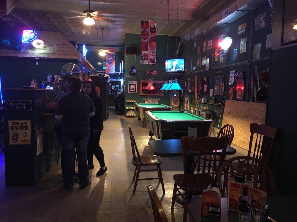 Main St Pub: 122 E Main St, Robinson, IL