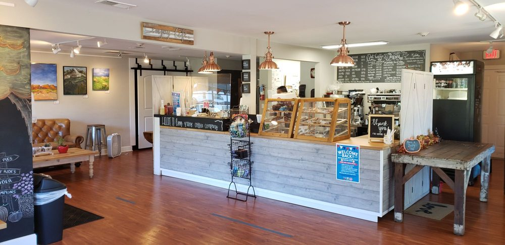 Long Grove Coffee: 126 Old McHenry Rd, Long Grove, IL