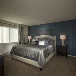 Cherrywood Apartments - 102 Photos & 49 Reviews - Apartments - 4951 ...