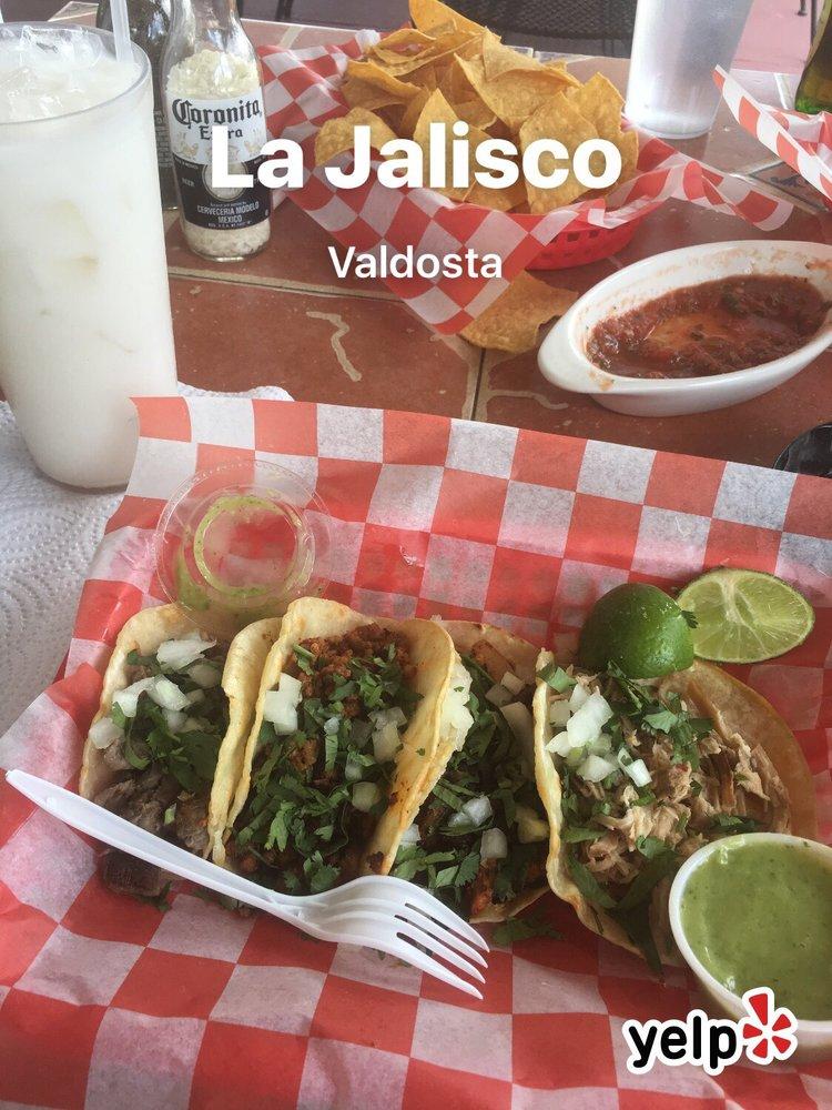 Food from La Jalisco Supermercado