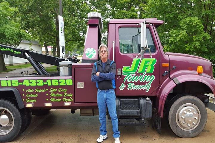 Towing business in Streator, IL