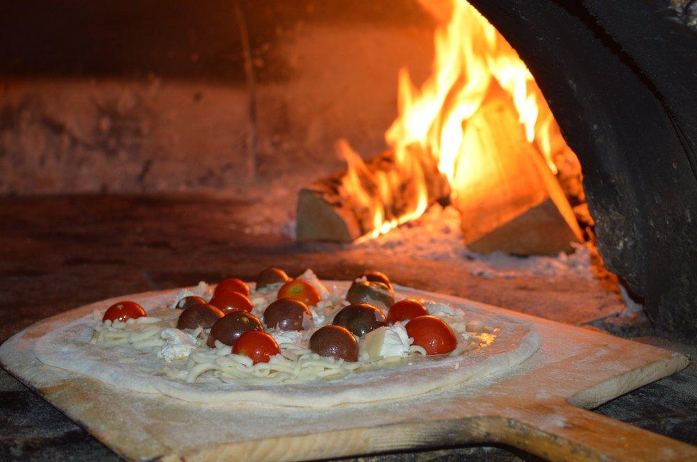 Ravello Woodfire Pizza: 117 Sharptown Auburn Rd, Woodstown, NJ