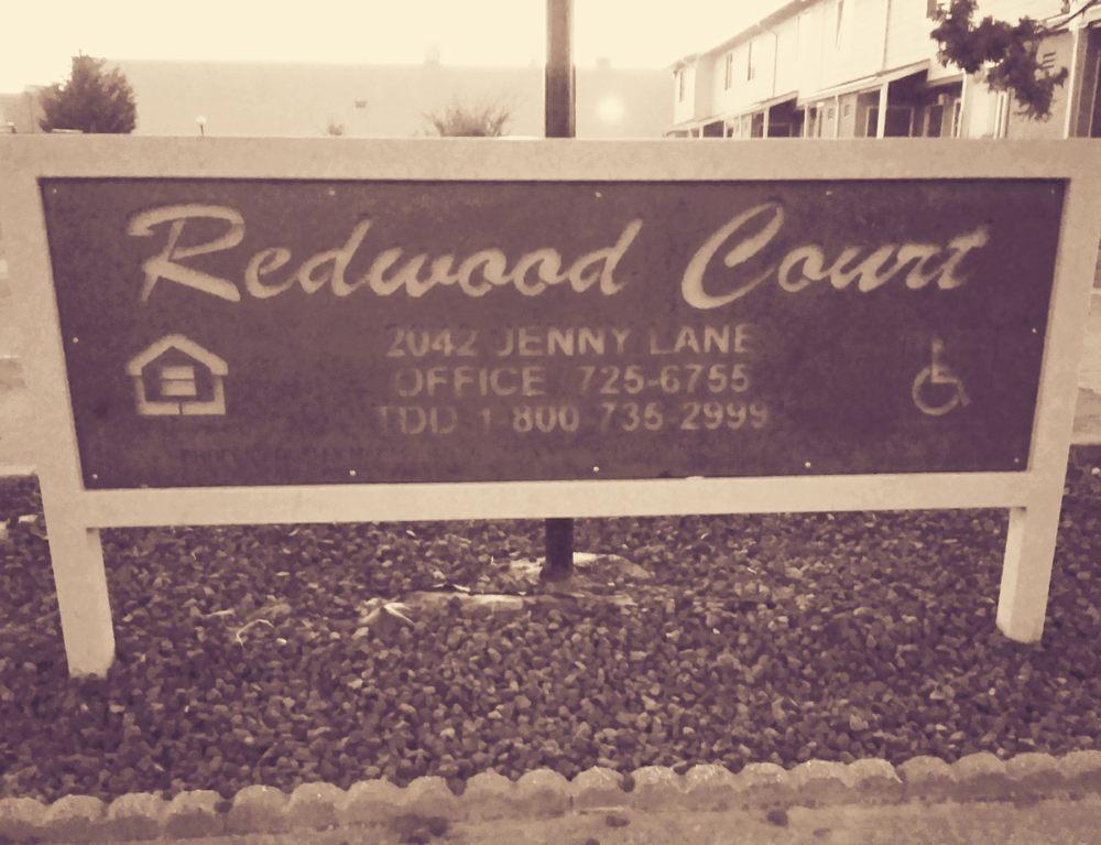 Redwood Court Apartments-Rental: 2042 Jenny Ln, Fortuna, CA