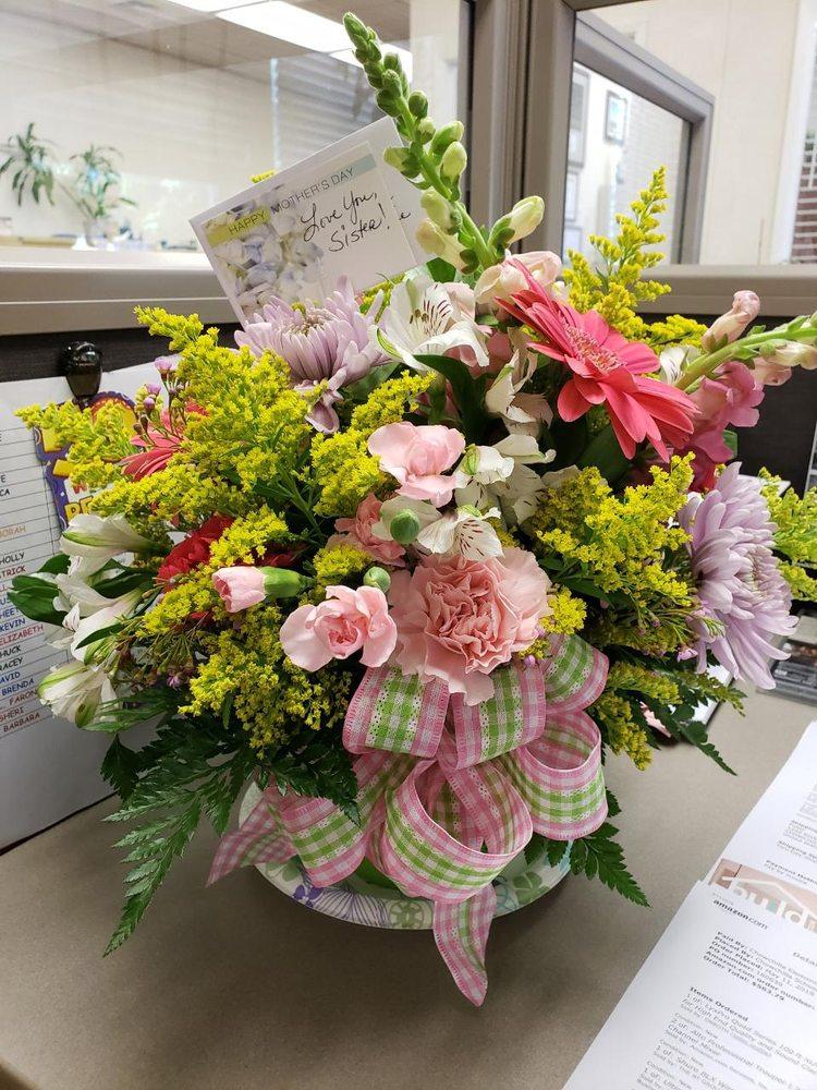 Chowchilla Floral & Design