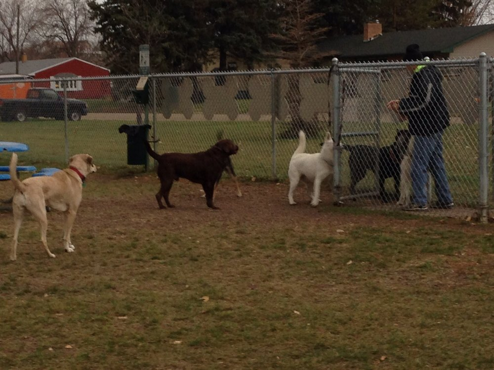 Peppers Dog Park: 103 13th St SW, Jamestown, ND