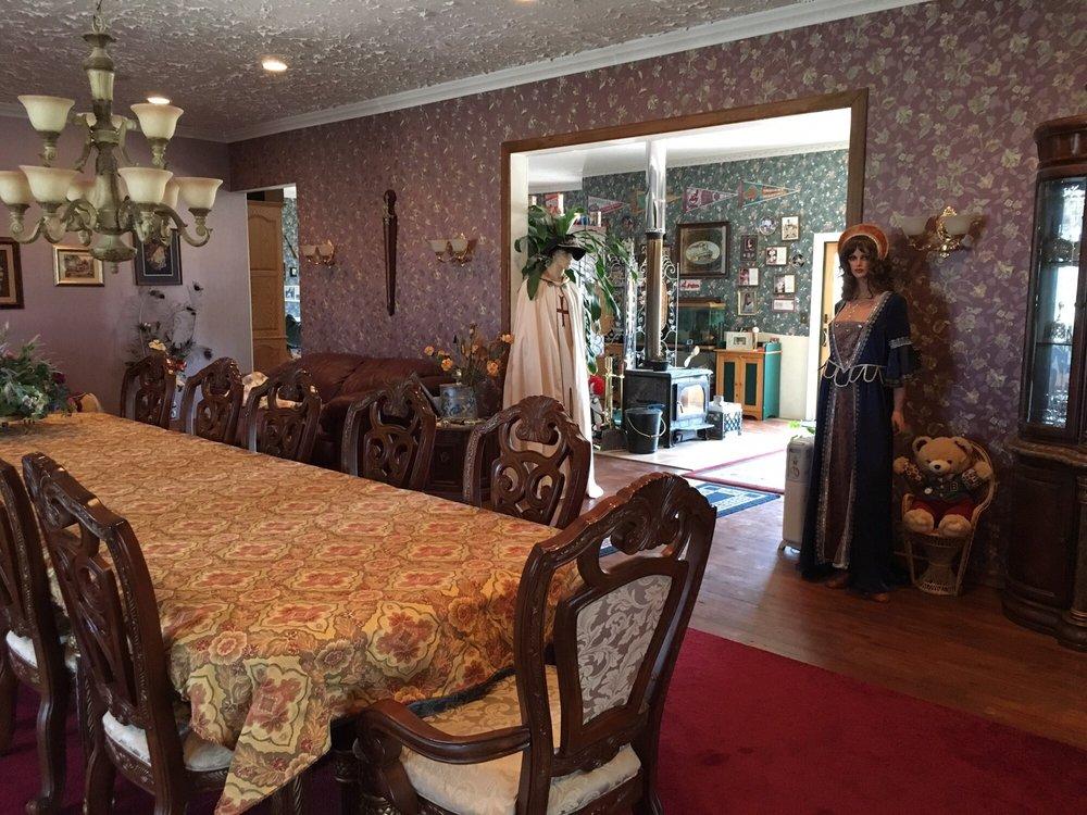 Paradise Ranch Castle: Rd 215, Austin, NV