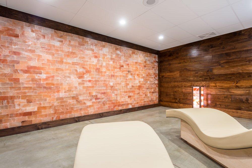 Intown Salt Room: 563 Memorial Dr Unit CU, Atlanta, GA