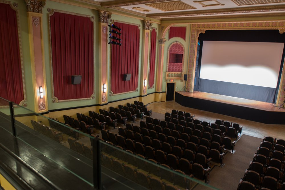 Rex Theatre: 519 Court St, Clay Center, KS
