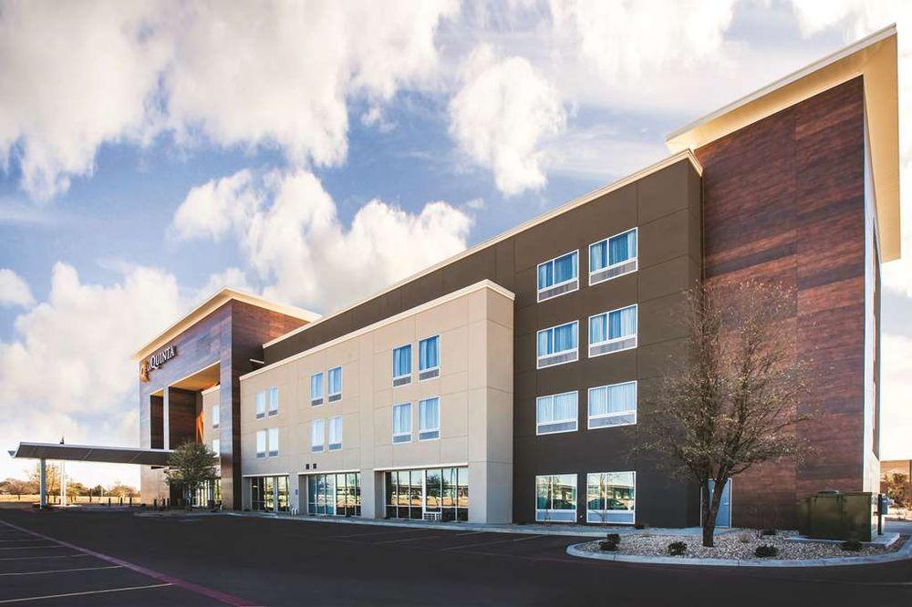 La Quinta by Wyndham Lubbock South: 6504 I-27 South, Lubbock, TX