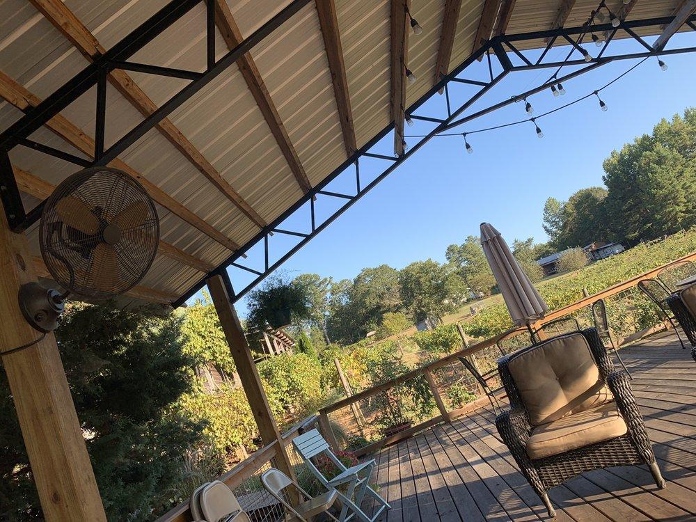 Hidden Meadow Vineyard: 664 Country Rd 606, Jemison, AL