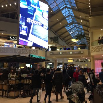 Freehold Raceway Mall - 87 Photos & 118 Reviews - Shopping
