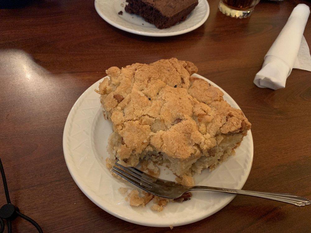 Hunter's Bakery & Cafe: 101 Morris St, Sweetwater, TN
