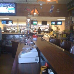 Photo Of Mapleway Bowl Restaurant Oconomowoc Wi United States