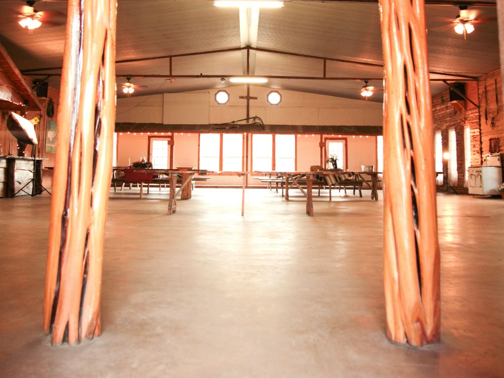 Relay Station Event Center: 15654 Hwy 105, Plantersville, TX