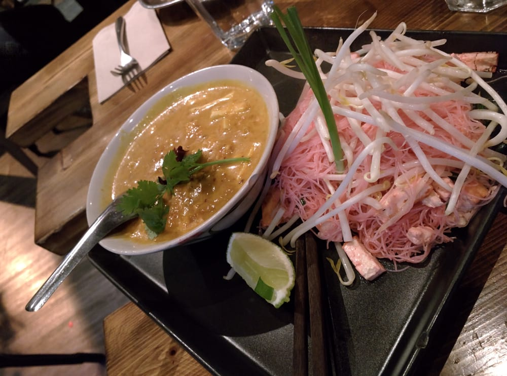 Vermilion Noodles With Yellow Curry With Coconut Milk Yelp