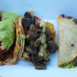 Iguanas Ranas Food Truck