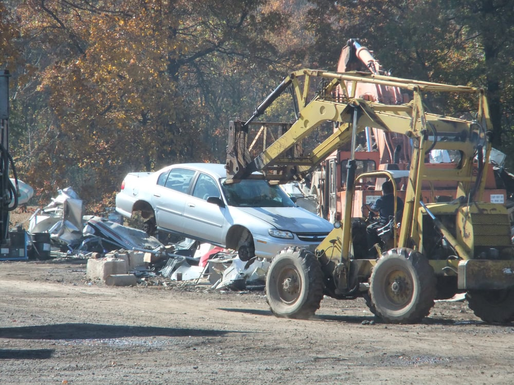 We buy junk cars for cash. Drop off or we can pick up your salvage ...