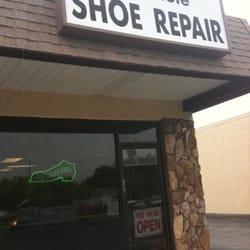 Seminole Shoe Repair logo