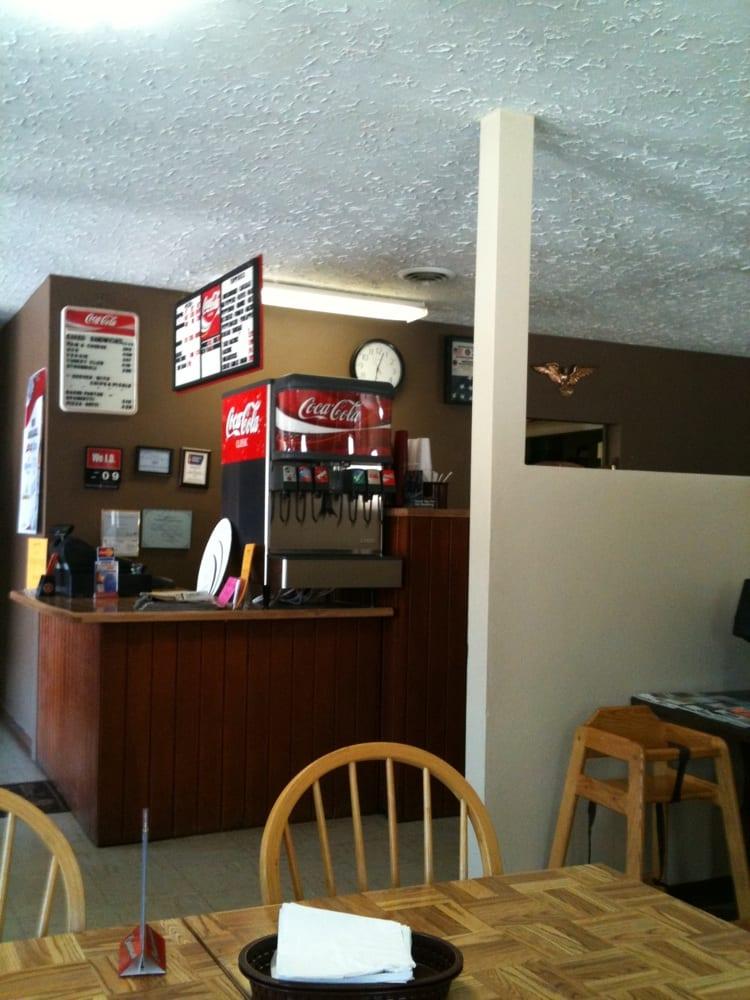 Homestead Pizza: 1510 Main St, Ferdinand, IN