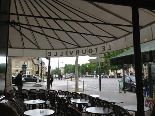 Tourville Restaurant Paris