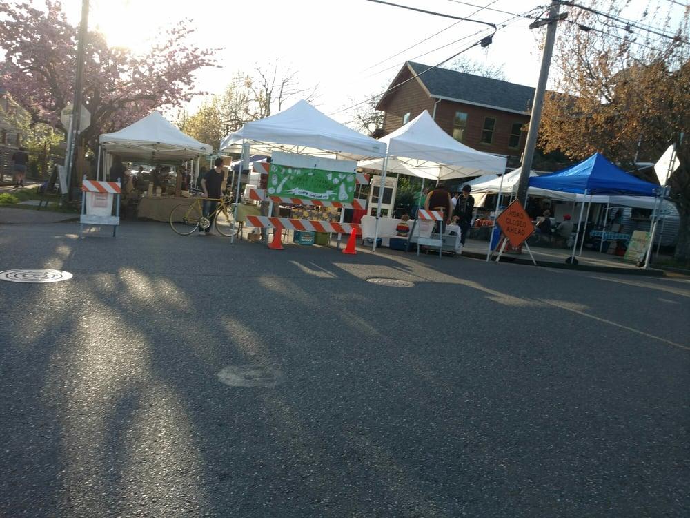People's Farmers Market: 3019 SE 21st Ave, Portland, OR