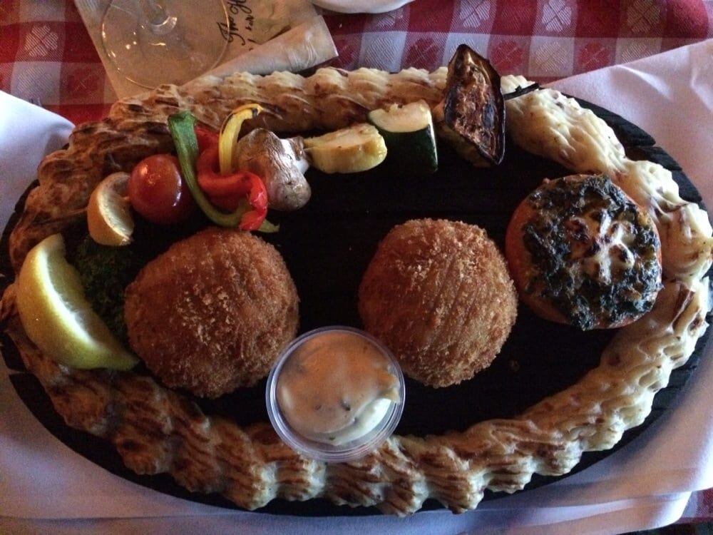 Lobster House Cape May Crab Cakes