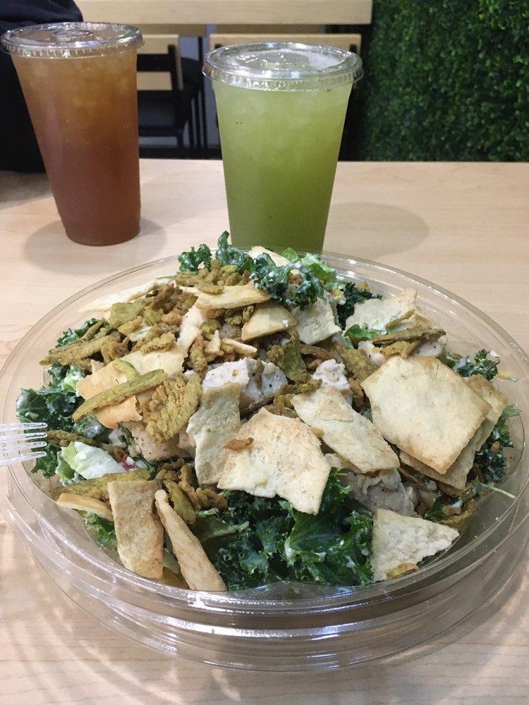 Verde Salad: 1421 Lee Trevino Dr, El Paso, TX