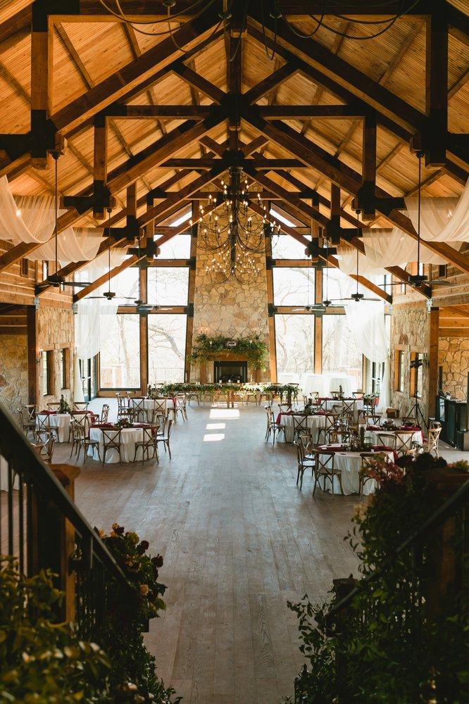 THE SPRINGS Event Venue: 301 Chambers Creek Trl, Alvarado, TX