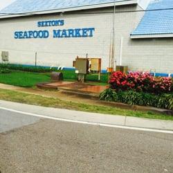 Sexton s seafood 29 photos seafood markets destin for Destin fish market