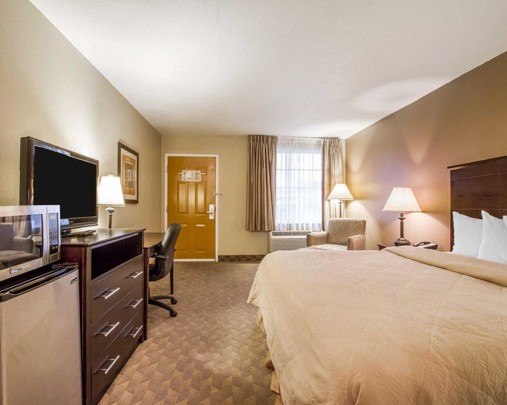 Quality Inn & Suites Greenville I-65: 941 Fort Dale Rd, Greenville, AL
