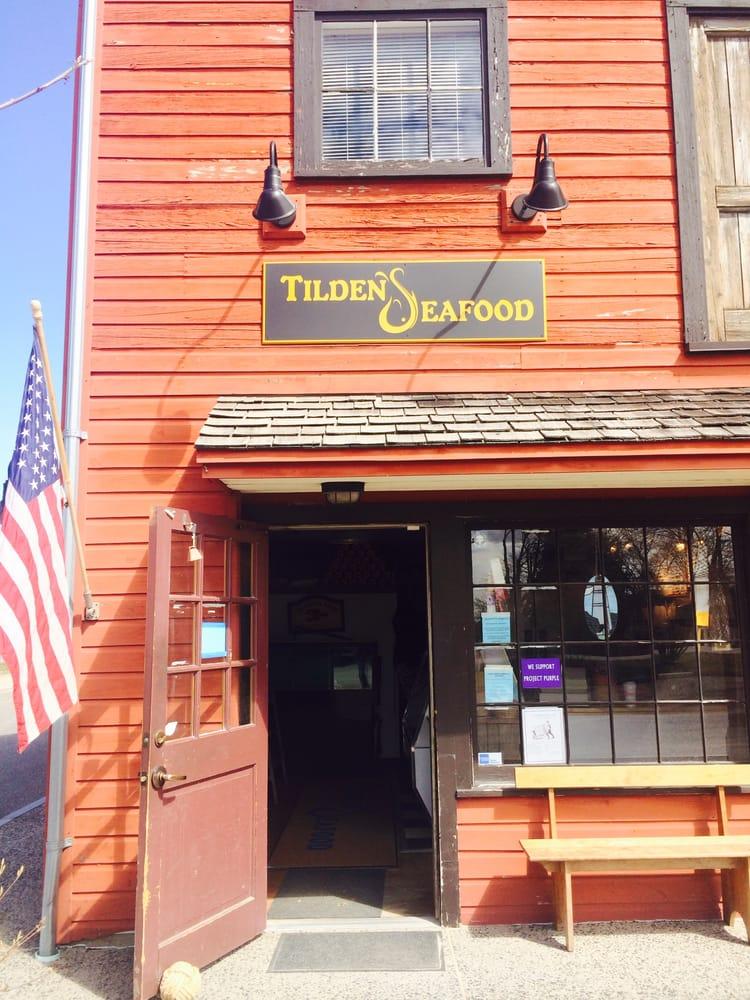 Tilden's Seafood: 174 W St, Litchfield, CT
