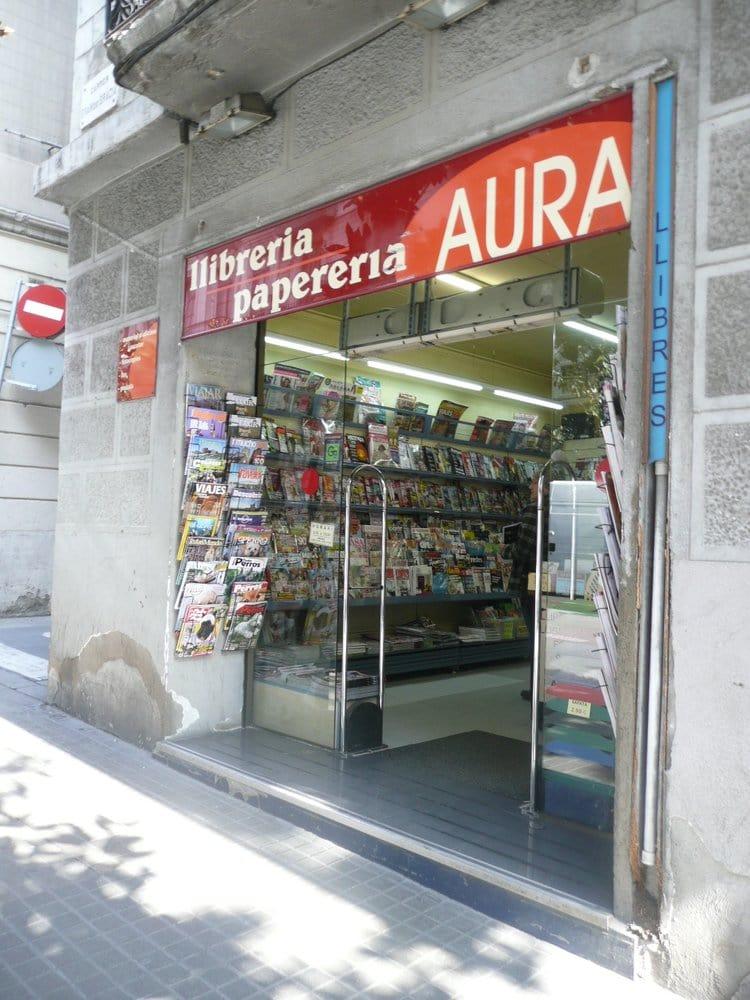 Aura llibreria i papereria material de oficina carrer for Oficinas ups madrid