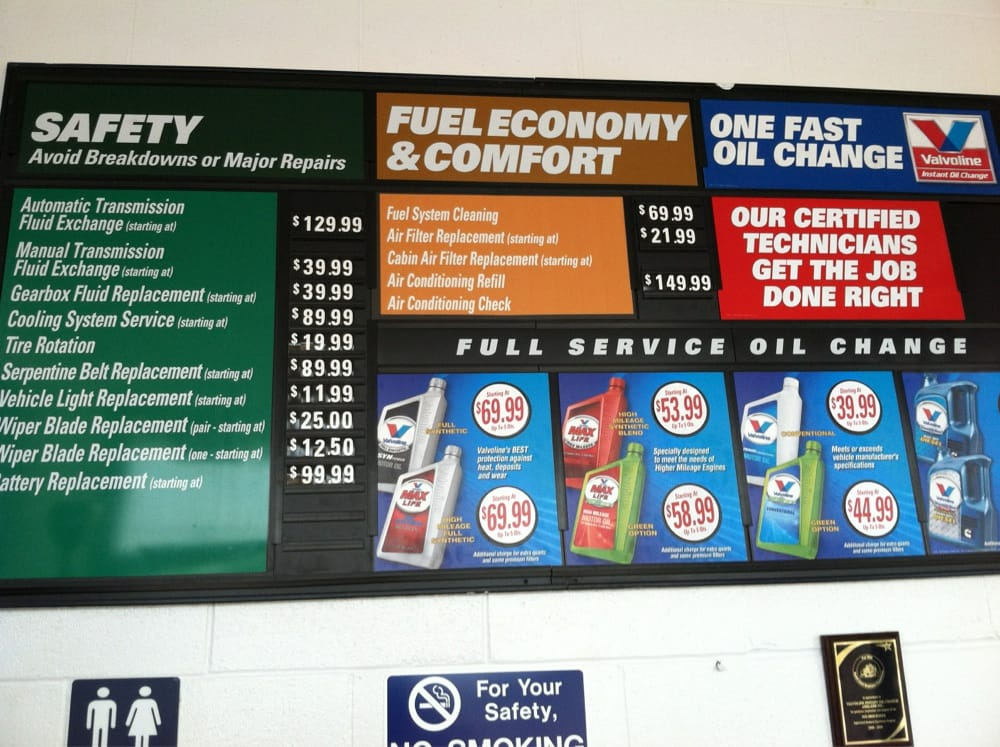 Valvoline Instant Oil Change: 12860 Tesson Ferry Rd, St. Louis, MO