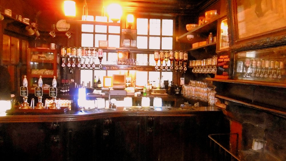 Man Cave DICKENS INN Pub Sign WALL CLOCKHome Bar Pub Shed