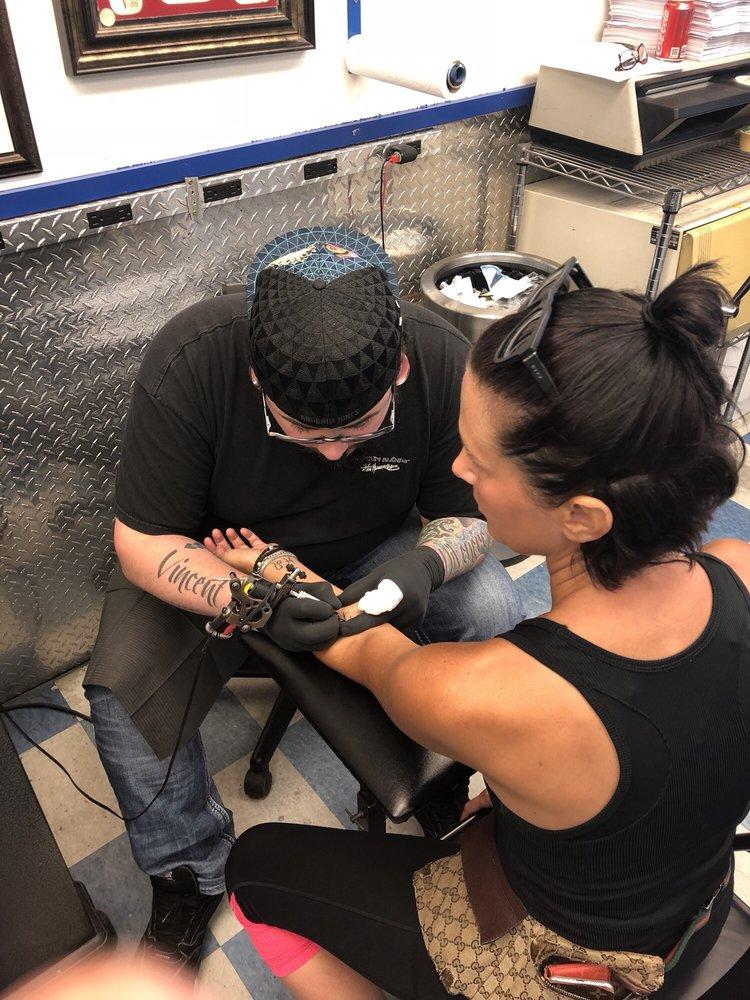 Lake Geneva Tattoo: 150 1/2 Center St, Lake Geneva, WI
