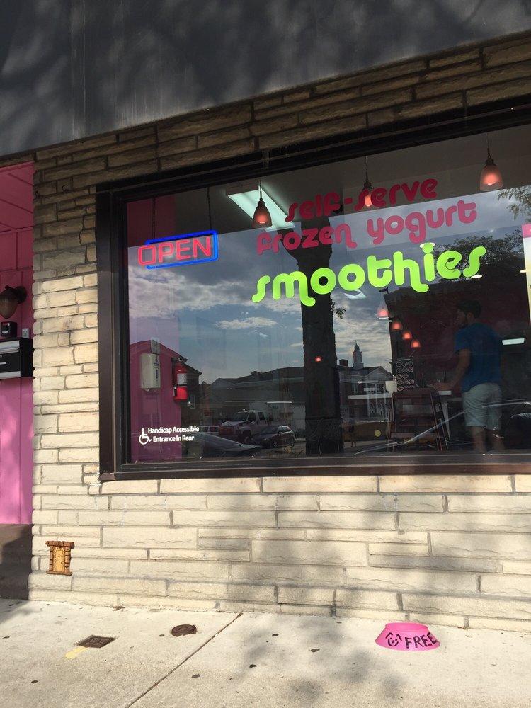 Yogurtown: 2913 Biddle Ave, Wyandotte, MI
