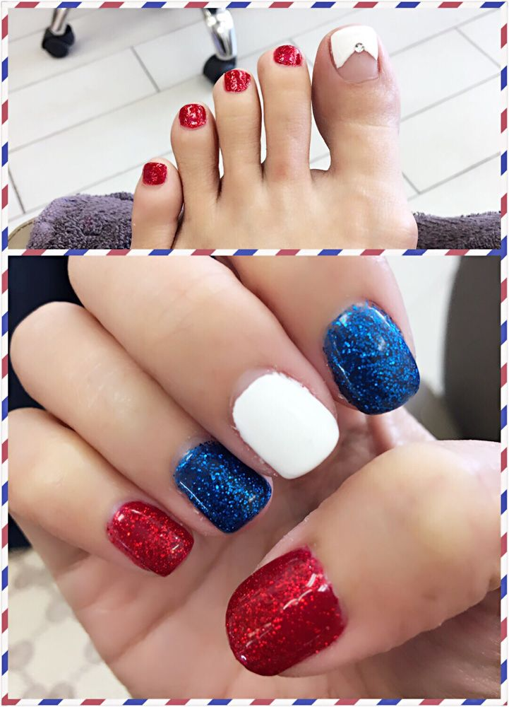 4th July design. Anna only charged $5 for the big toe nail design ...