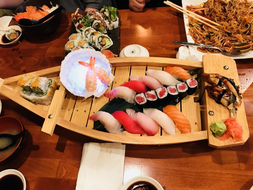 Sushiya: 745 Community Dr, North Liberty, IA