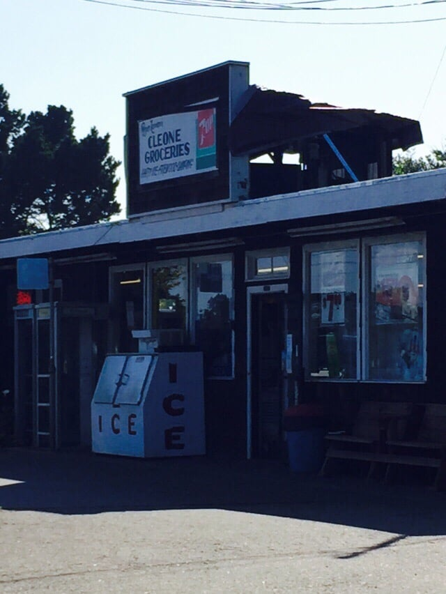 Cleone Grocery: 24400 N Highway 1, Fort Bragg, CA