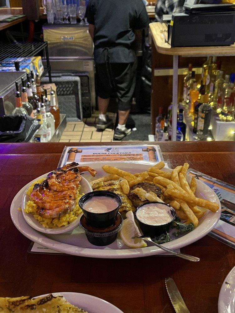 18 On the Rocks Restaurant and Tiki Bar: 2405 Gulf Blvd, Indian Rocks Beach, FL
