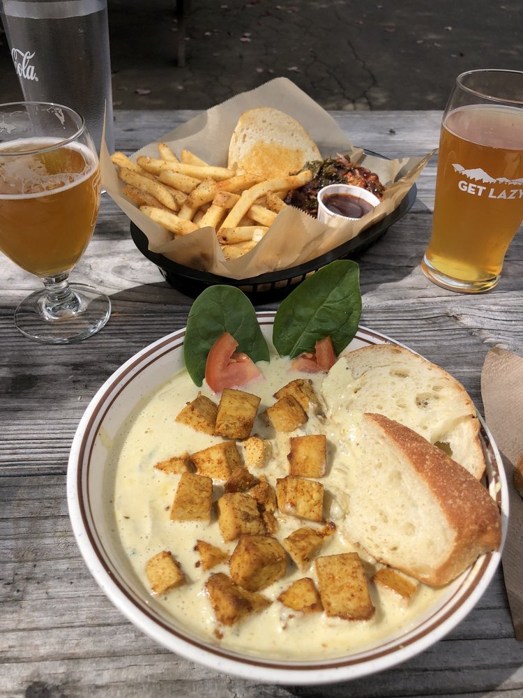 Food from Lazy Hiker Brewing